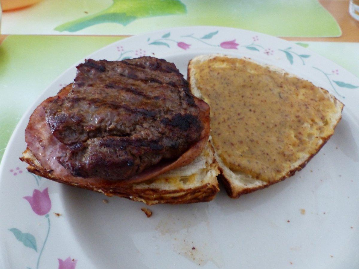 Burgerbau.jpg
