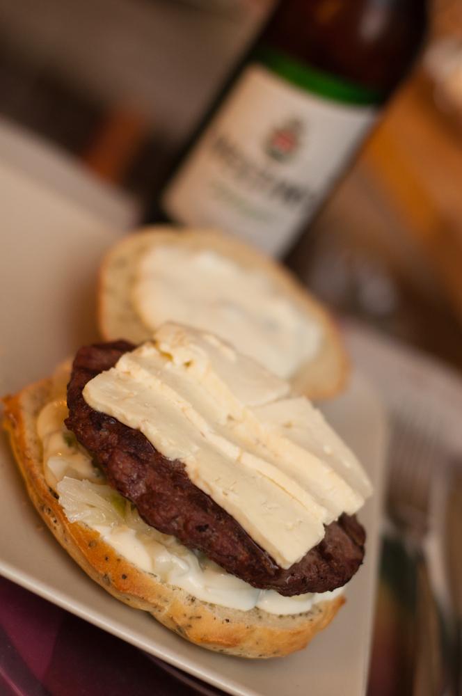 burger wochenende iii grillstube saloniki burger grillforum und bbq. Black Bedroom Furniture Sets. Home Design Ideas