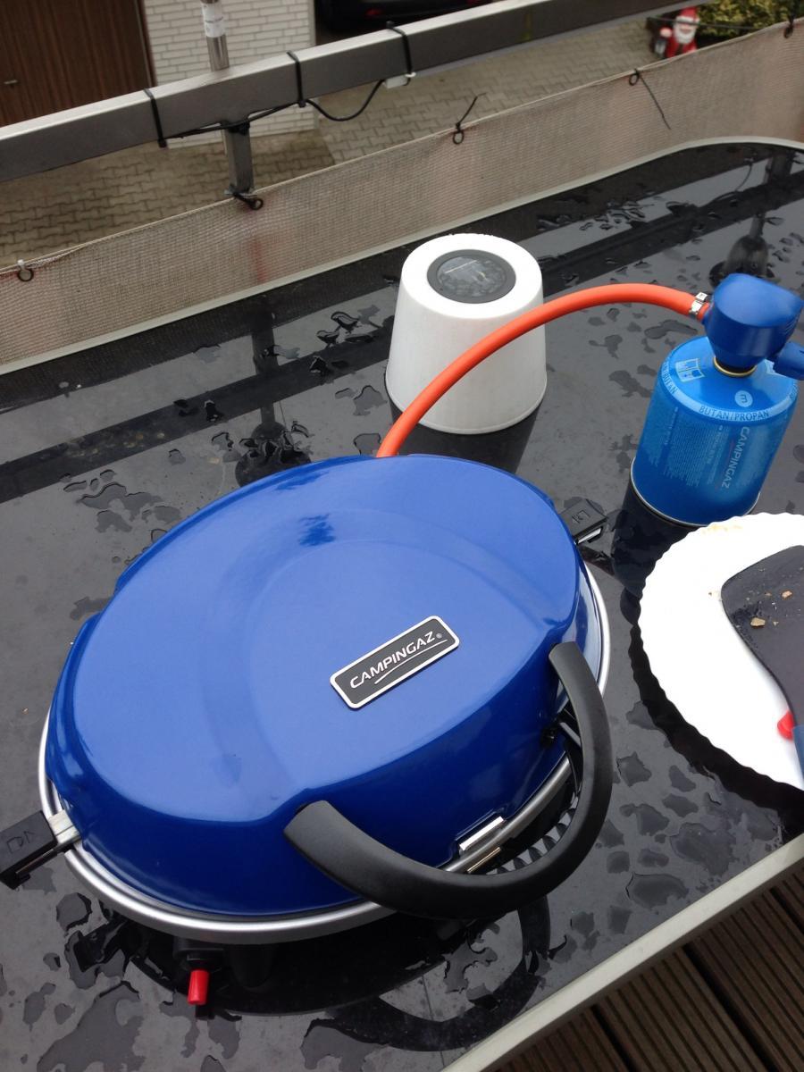kleiner kompakter gas grill gesucht grillforum und bbq. Black Bedroom Furniture Sets. Home Design Ideas