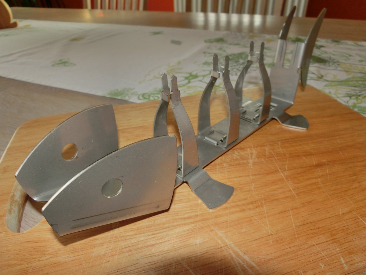 neuer fischhalter f r grill und tisch grillforum und bbq. Black Bedroom Furniture Sets. Home Design Ideas