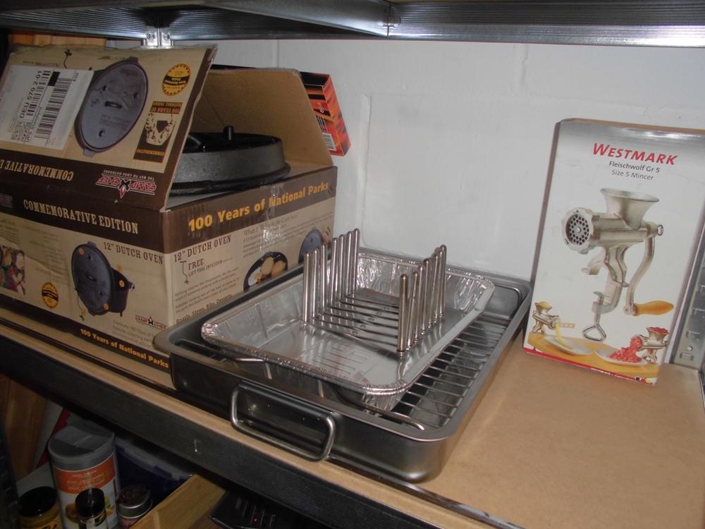 mein grillzubeh r regal grillforum und bbq www. Black Bedroom Furniture Sets. Home Design Ideas