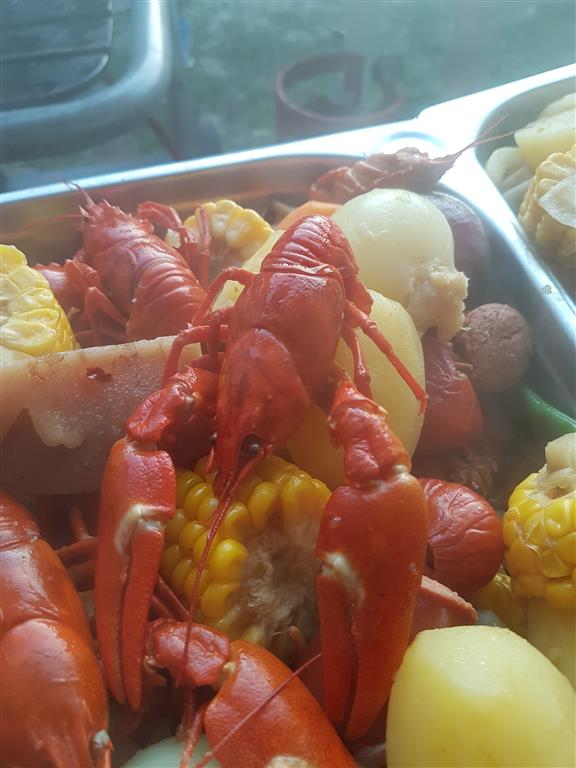 crawfish boil III (69).jpg