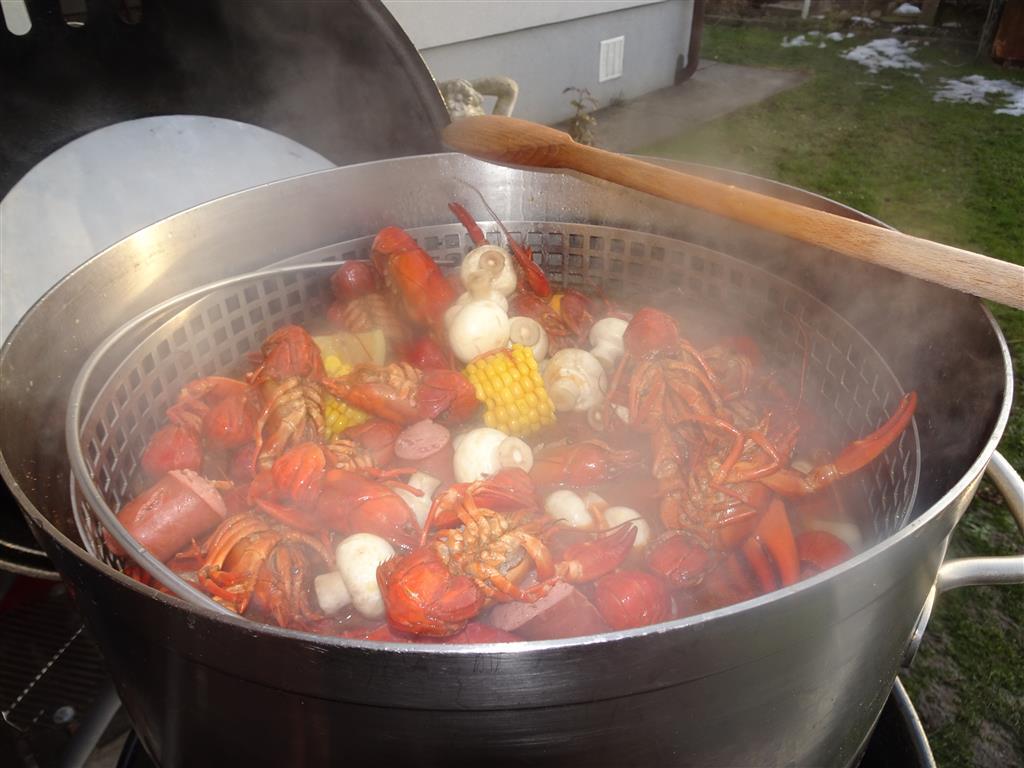 crawfish boil III (92).JPG