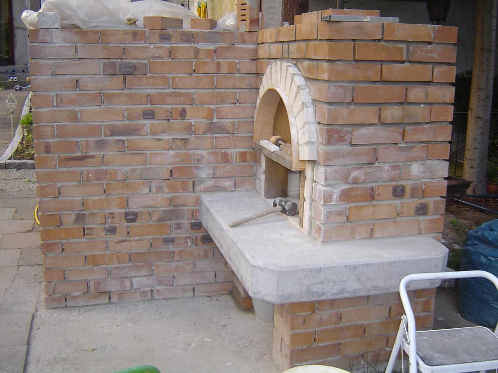 bauprojekt holzbackofen grill kombination h ussler hbo 6 8 in duisburg seite 3 grillforum. Black Bedroom Furniture Sets. Home Design Ideas