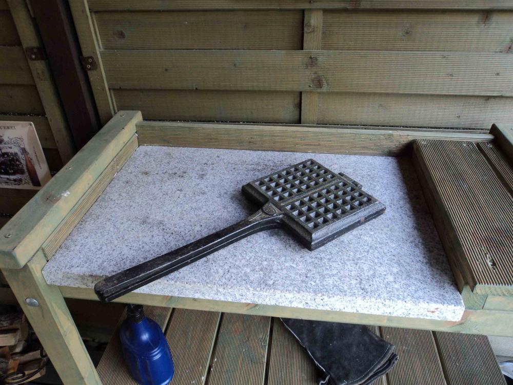 Außenküche Mit Holzbackofen : Aussenküche mauern einzig außenküche kernig