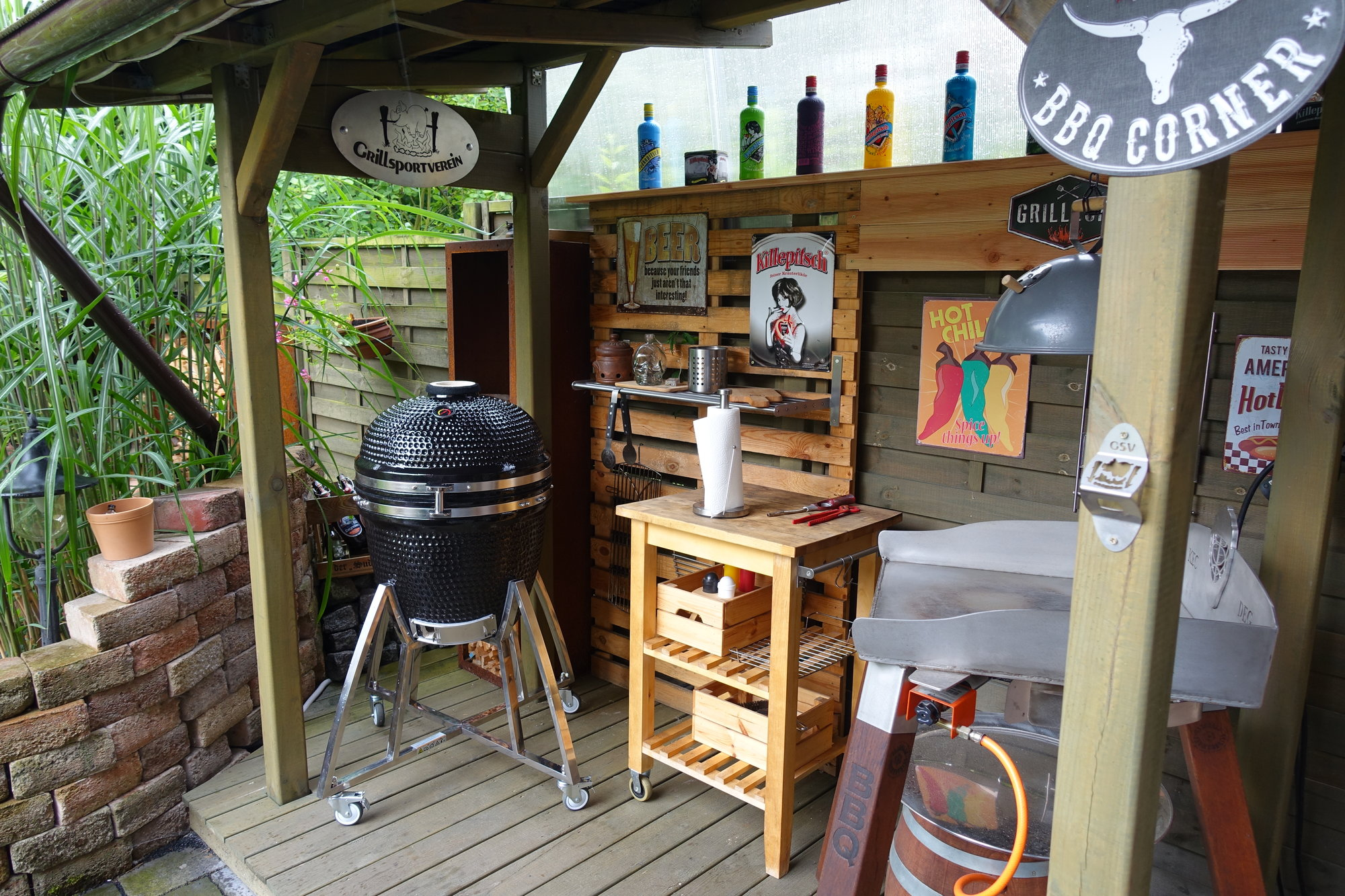Aldi Holzkohlegrill Uk : Aldi holzkohlegrill fireking grill kamado holzkohlegrills und