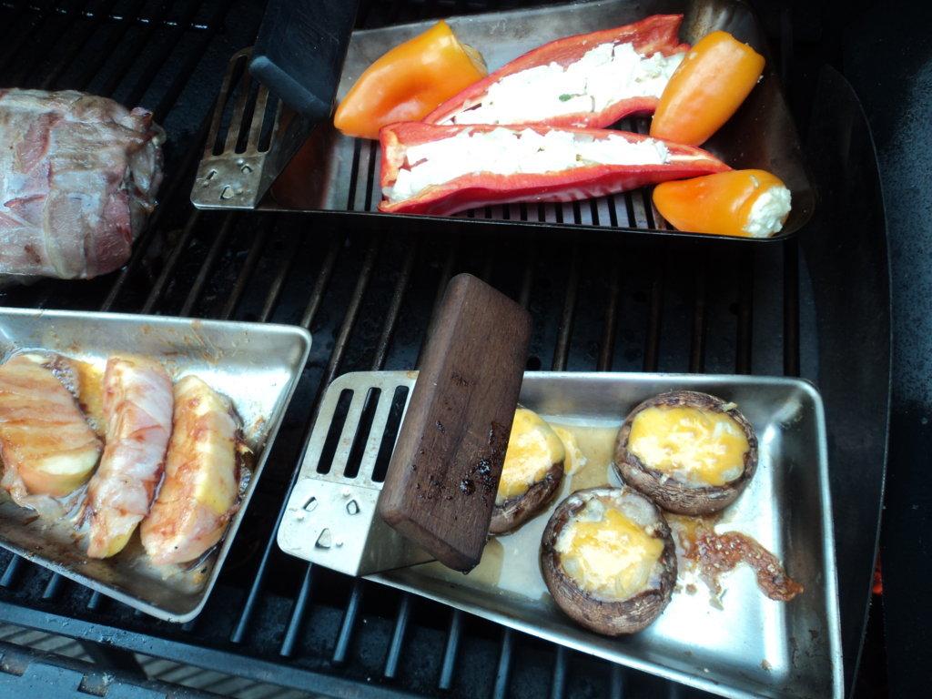 bacon bomb und andere leckereien aus dem smoker grillforum und bbq. Black Bedroom Furniture Sets. Home Design Ideas