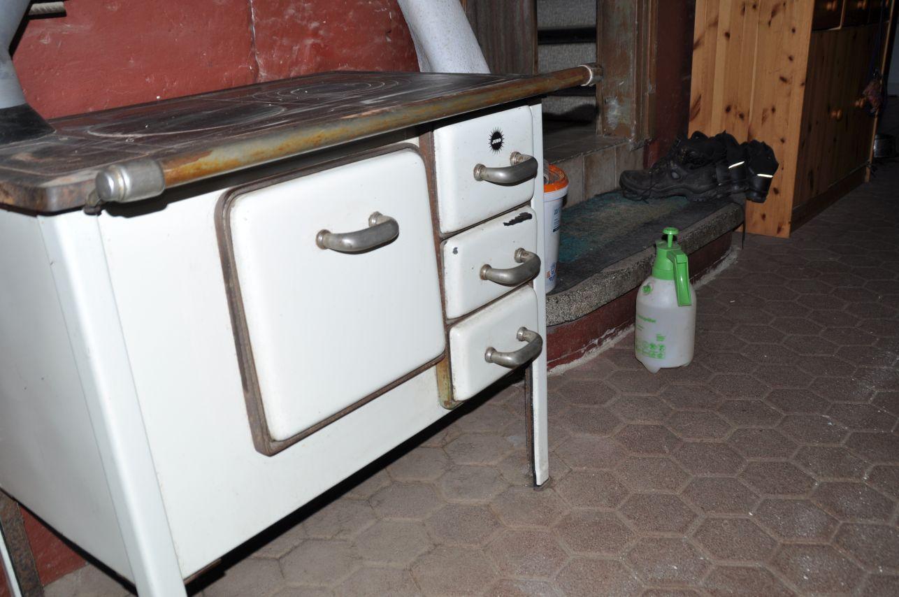 Erledigt] - Küchenofen, Küchenhexe von Juno aus den 40er oder 50er ...