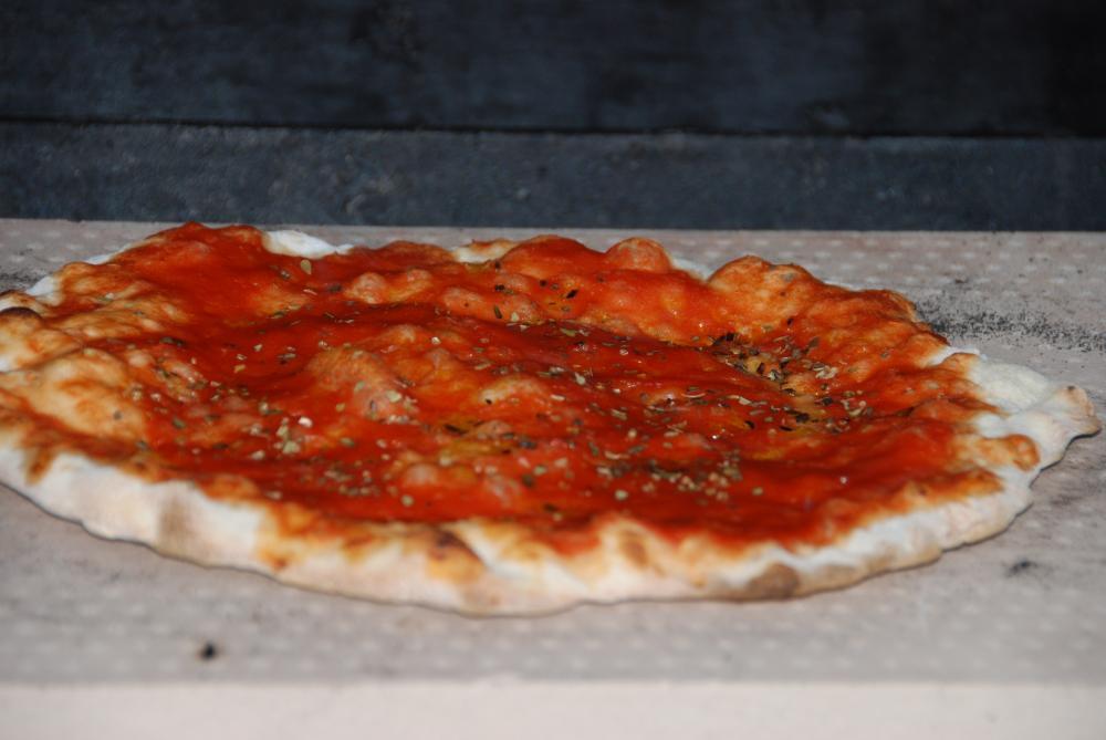 pizza und pizzabrot vom stein grillforum und bbq. Black Bedroom Furniture Sets. Home Design Ideas