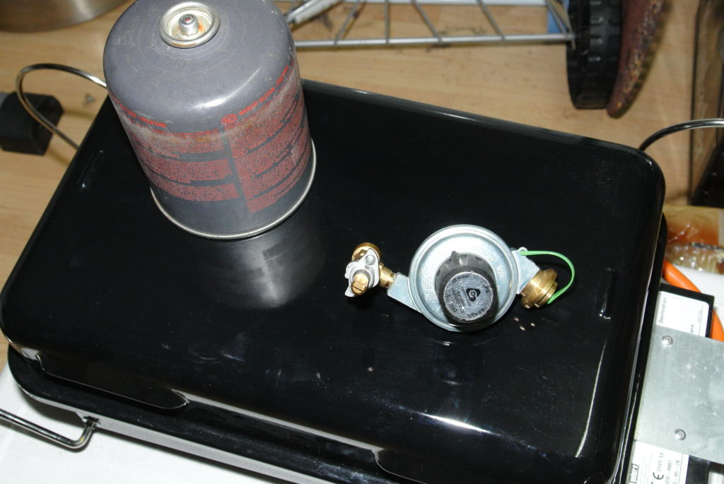 erledigt weber go anywhere gas flaschenumr stung grillforum und bbq www. Black Bedroom Furniture Sets. Home Design Ideas