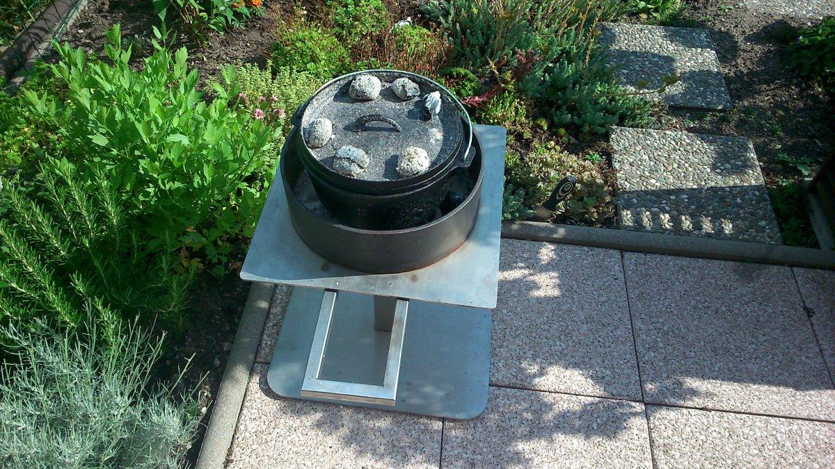 dutch oven feuerstelle bauen grillforum und bbq www. Black Bedroom Furniture Sets. Home Design Ideas