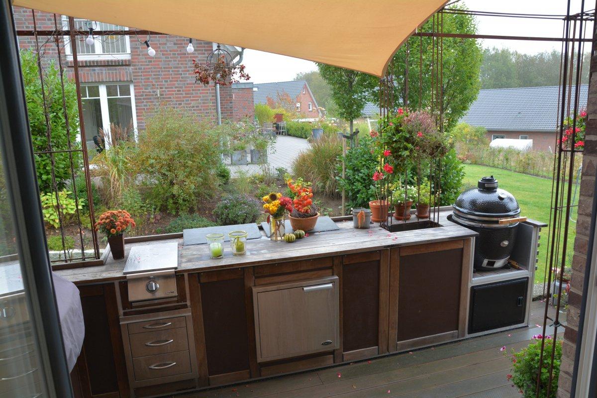 Holz Für Außenküche : Aussenküchen holz aussenküche und sitzplatz mit viel holz hannas