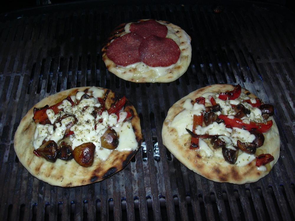 Pizza Geht Auch Ohne Stein Grillforum Und Bbq Www