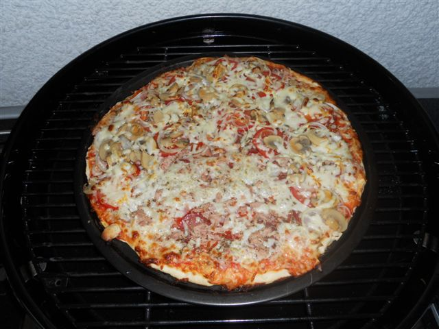 Pizzastein Oder Pizzablech Grillforum Und Bbq Www