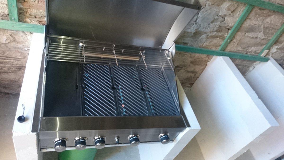 Einbaugrill fur kuche for Outdoorkuche mit grill
