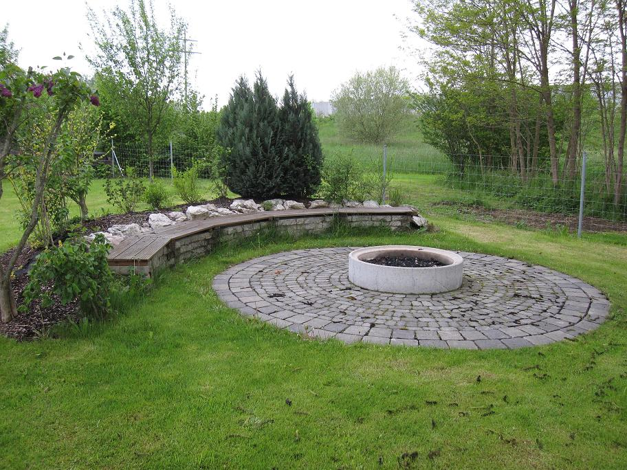 feuerstelle anlegen grillforum und bbq www. Black Bedroom Furniture Sets. Home Design Ideas