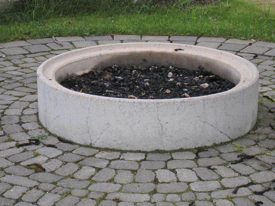 feuerstelle anlegen grillforum und bbq www. Black Bedroom Furniture Sets. Home Design Ideas