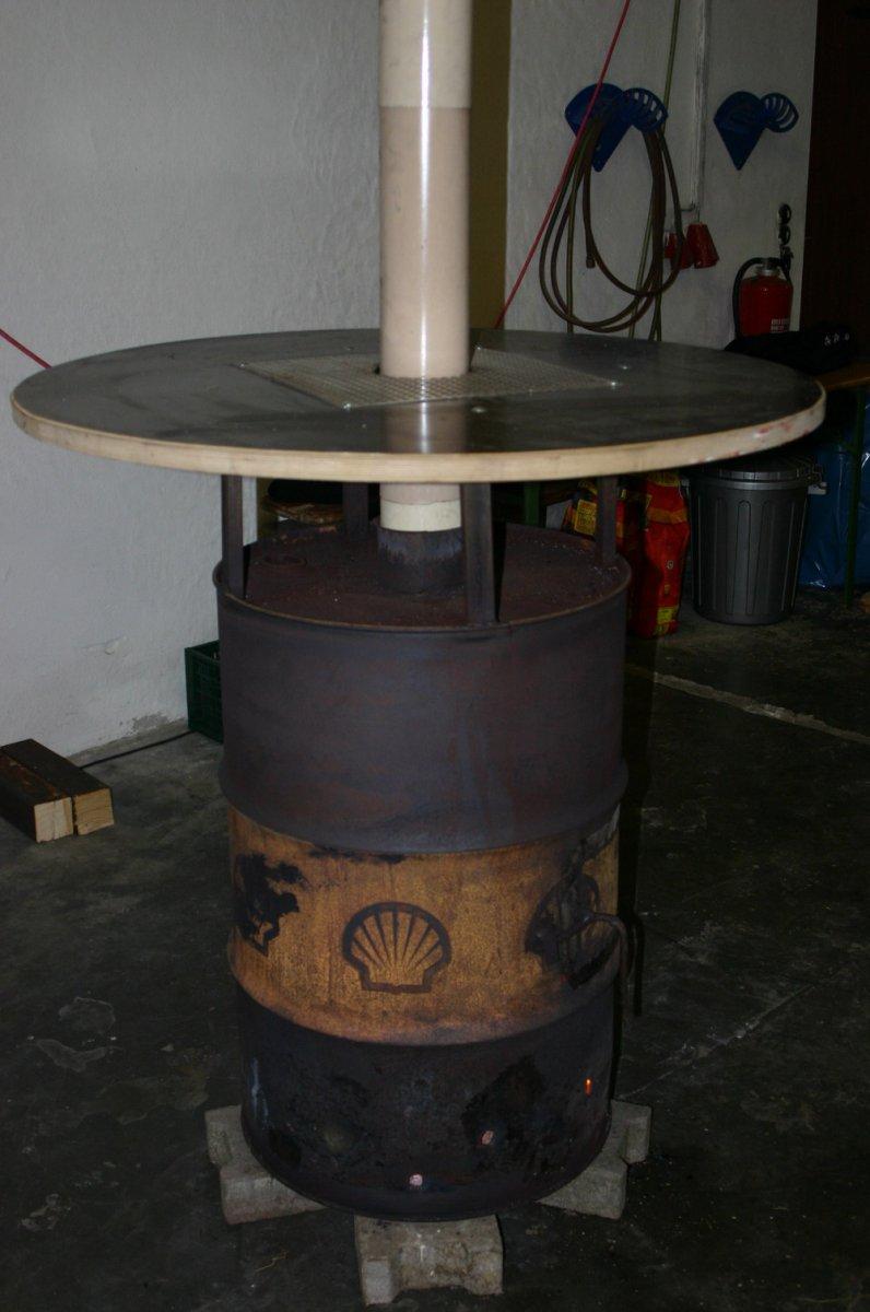 feuertonne vs stehtisch holzbefeuerter stehtisch seite 2 grillforum und bbq www. Black Bedroom Furniture Sets. Home Design Ideas