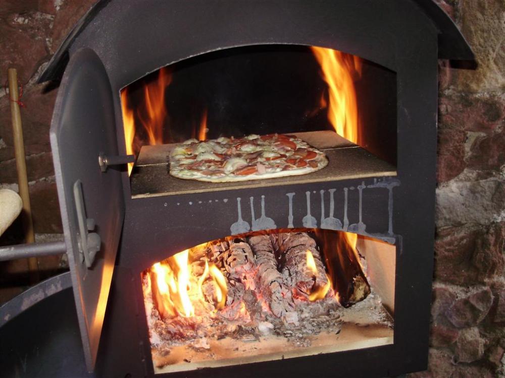 Flammkuchen (Large).jpg