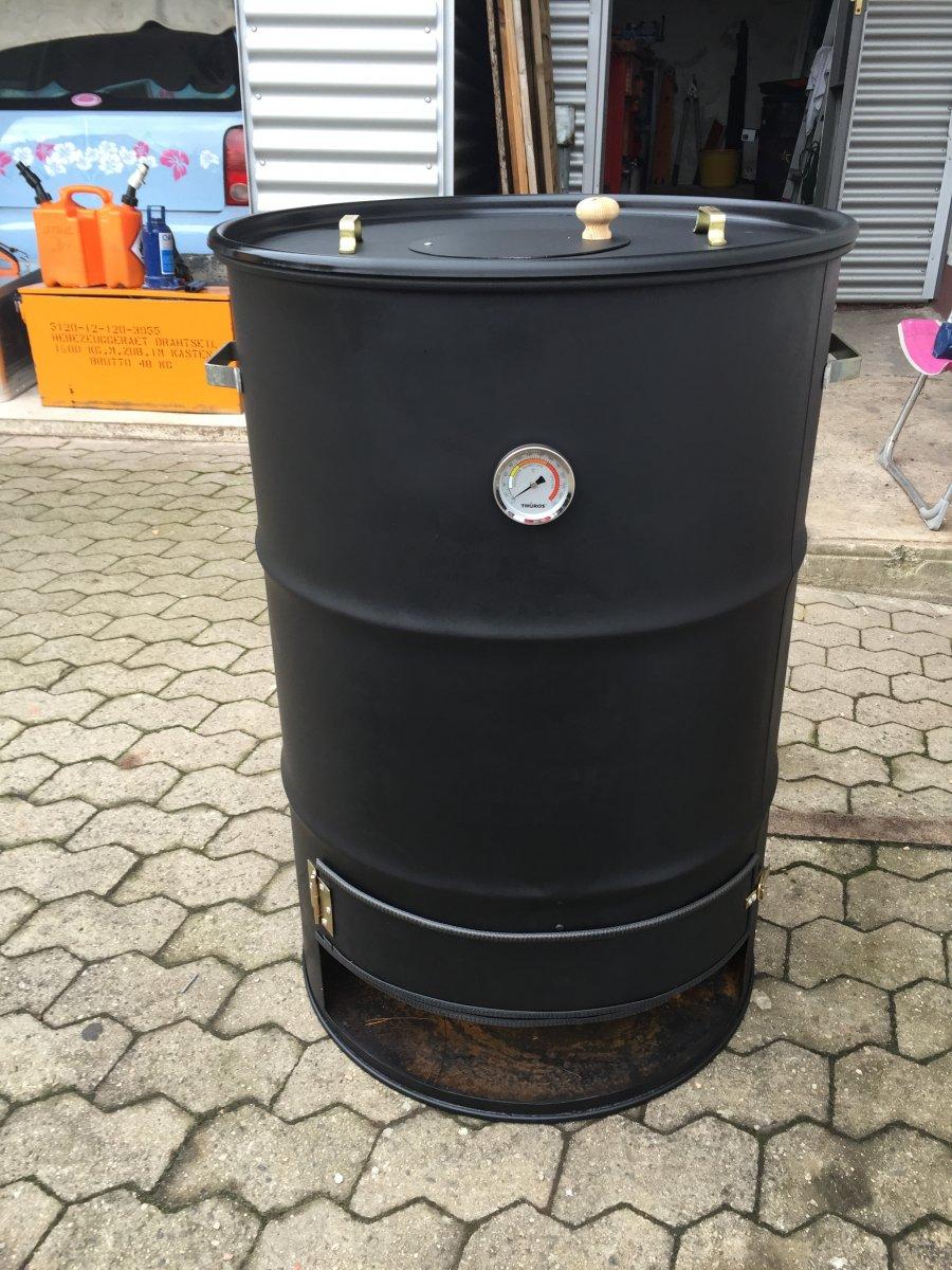 Räuchertonne aus 200 Liter Fass | Grillforum und BBQ - www ...