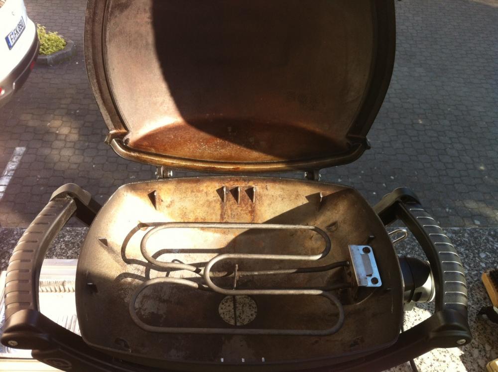 Weber q140 mit abdeckhaube grillforum und bbq www for Accessoires barbecue weber q140