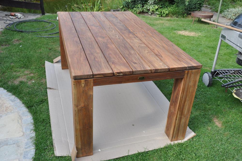 die m mmis bauen einen neuen grillsportplatz mit monolith. Black Bedroom Furniture Sets. Home Design Ideas