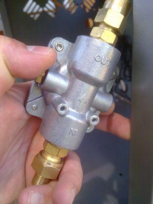Gasverteiler.jpg