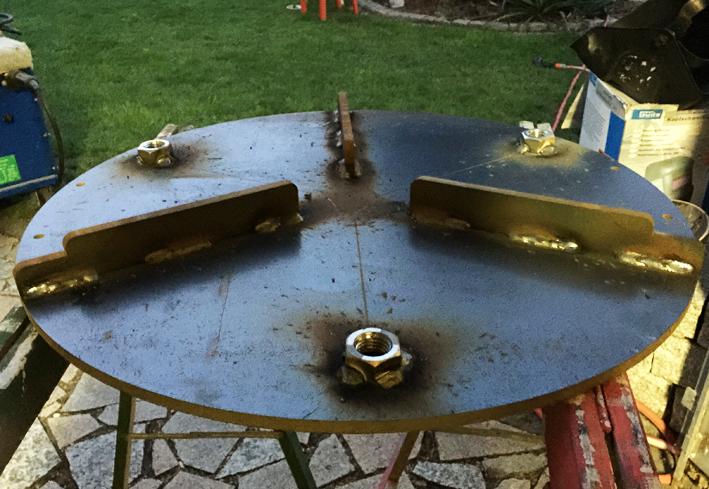 mojoe griddle eigenbau f r r sle f60 uds feuerschale grillforum und bbq www. Black Bedroom Furniture Sets. Home Design Ideas