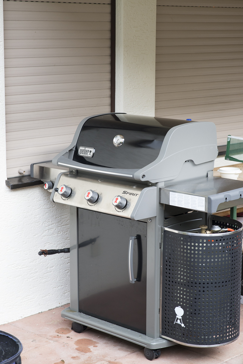 der neue ist da weber spirit und hat ne macke. Black Bedroom Furniture Sets. Home Design Ideas