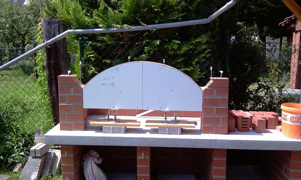 projekt steingrill bauen seite 2 grillforum und bbq. Black Bedroom Furniture Sets. Home Design Ideas
