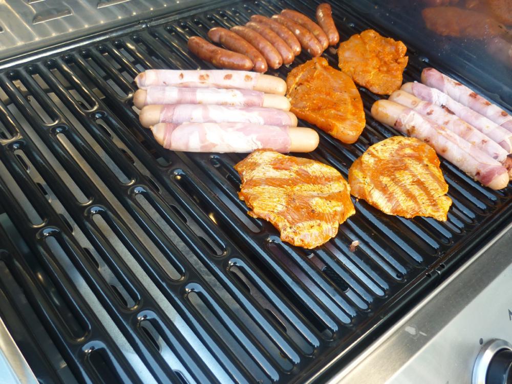 Aldi Gasgrill Mai : Erste vergrillung mit aldi grill grillforum und bbq