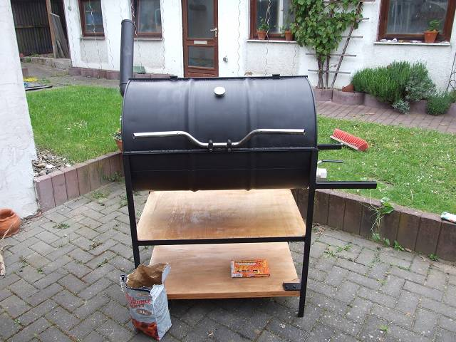 eigenbau ollen tonnen grill grillforum und bbq. Black Bedroom Furniture Sets. Home Design Ideas