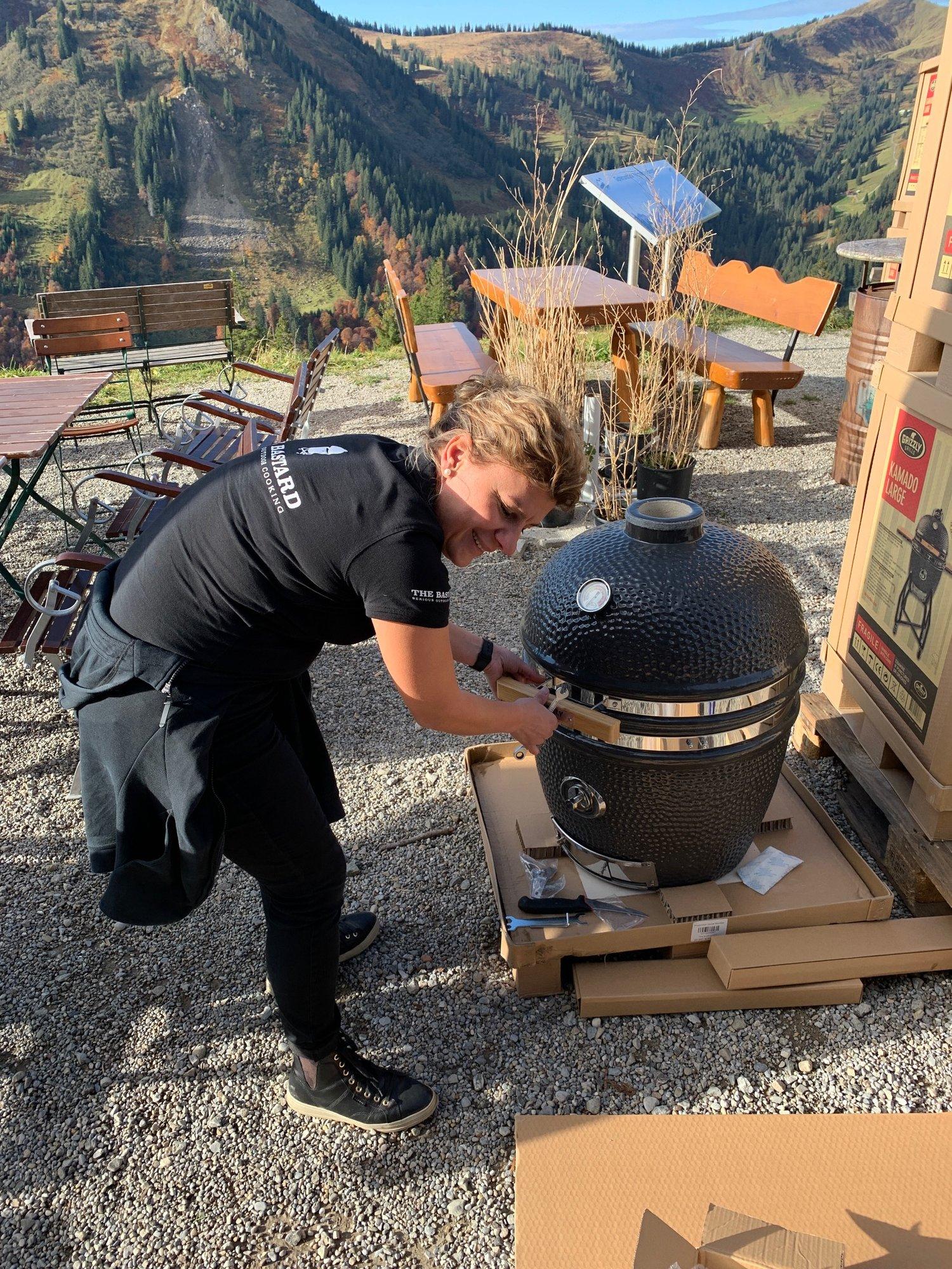 grizzly-grill-aufbau-3..JPG
