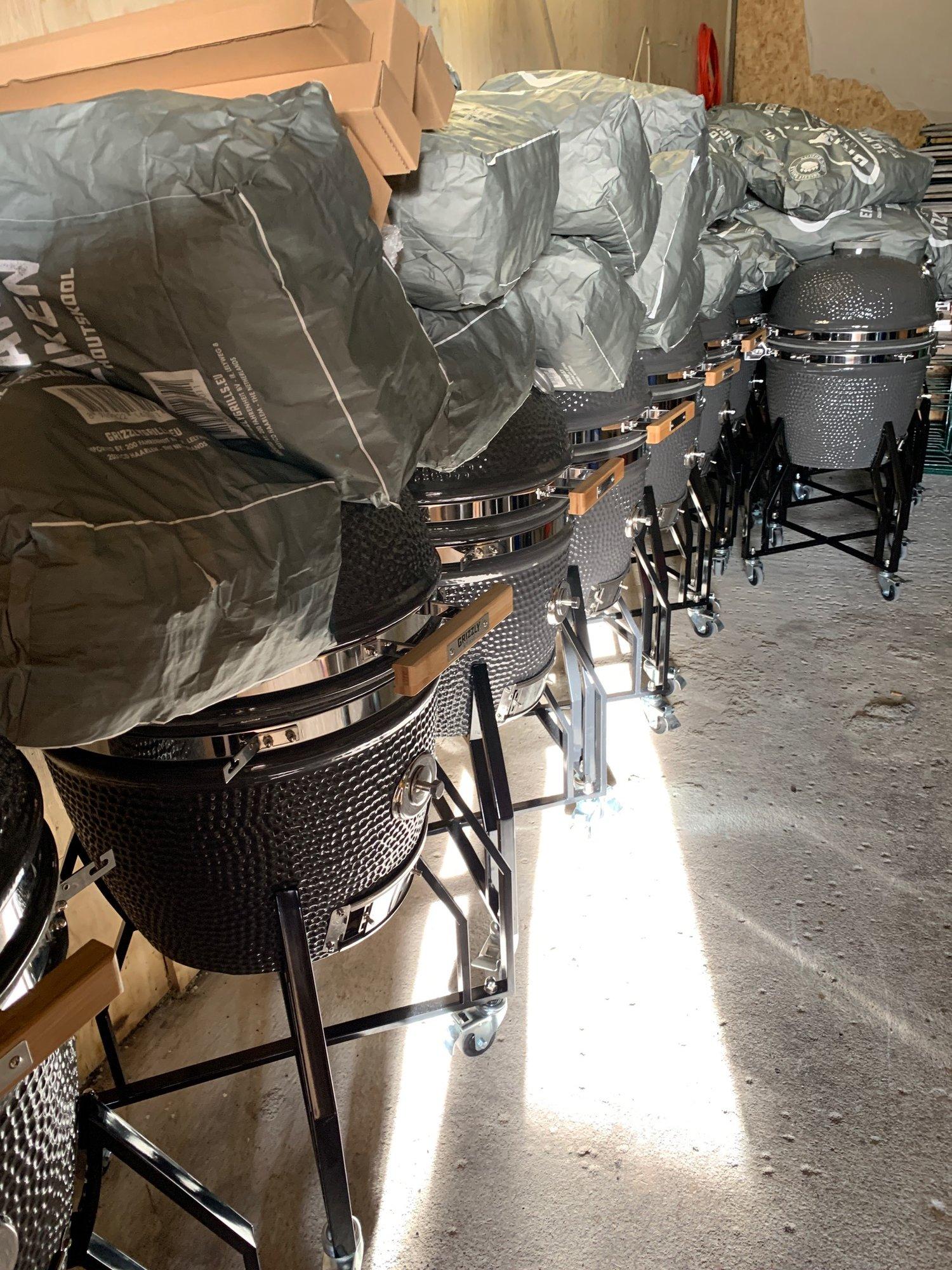 grizzly-grill-aufbau-5.JPG