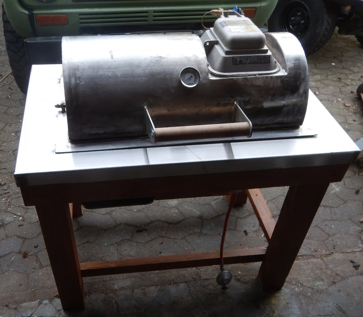 kohlegaser mit oberhitze grillforum und bbq www. Black Bedroom Furniture Sets. Home Design Ideas