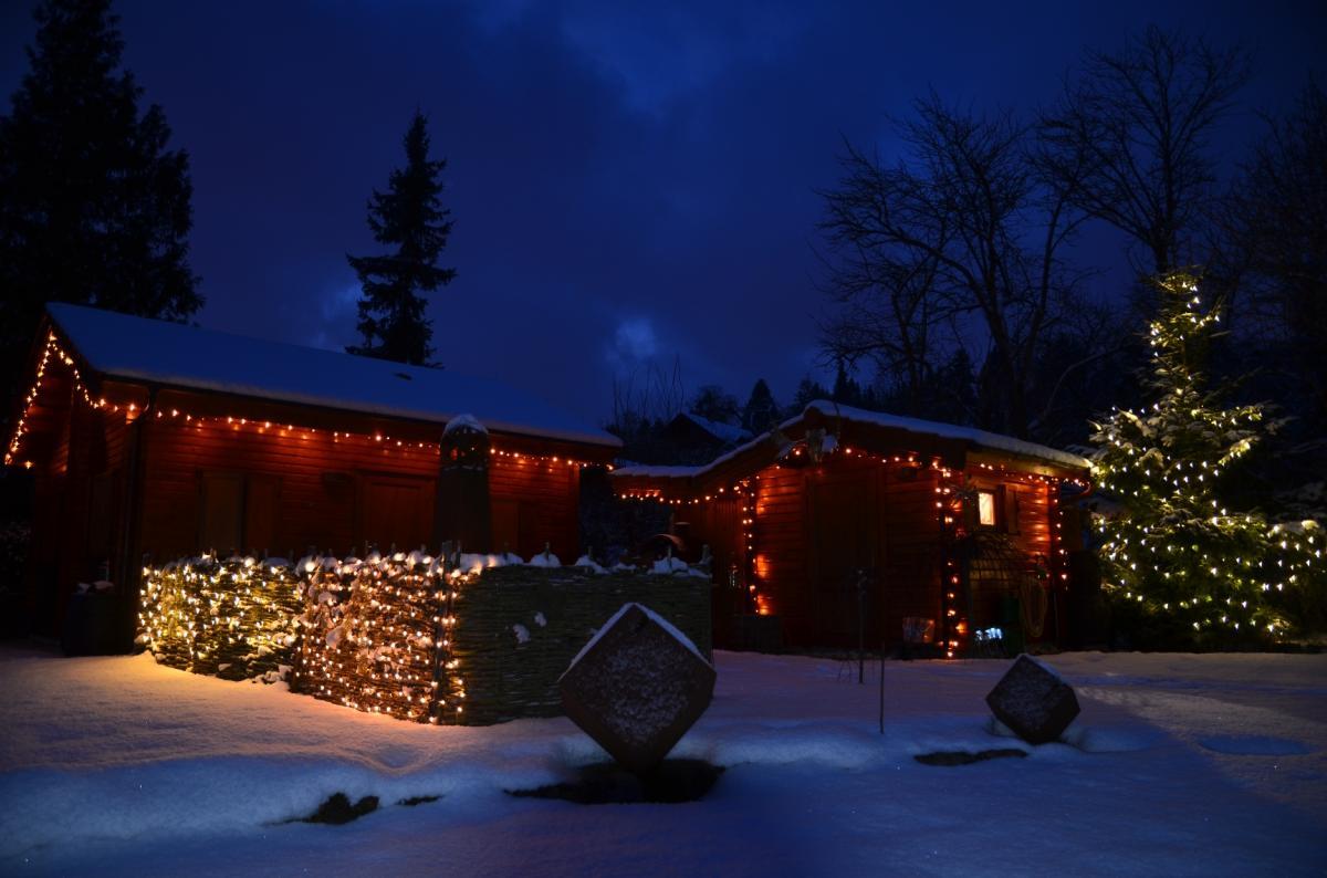Hütte im Advent.jpg