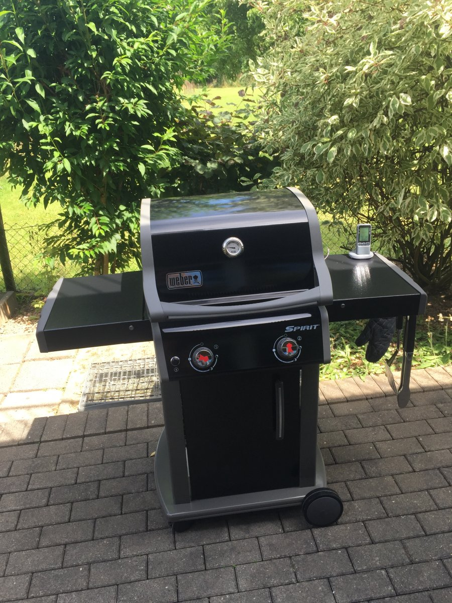 weber gas grill f r balkon q3xxx vs e210 600 max grillforum und bbq. Black Bedroom Furniture Sets. Home Design Ideas