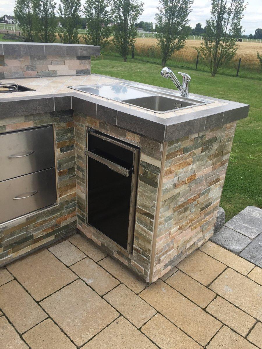 outdoor k che summit 670 grillforum und bbq. Black Bedroom Furniture Sets. Home Design Ideas