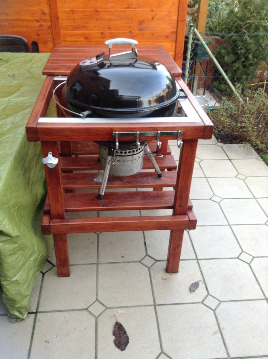 grilltisch f r die weber kugel 57er grillforum und bbq. Black Bedroom Furniture Sets. Home Design Ideas