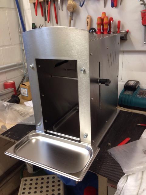 selbstbau eines oberhitze grills seite 6 grillforum und bbq. Black Bedroom Furniture Sets. Home Design Ideas