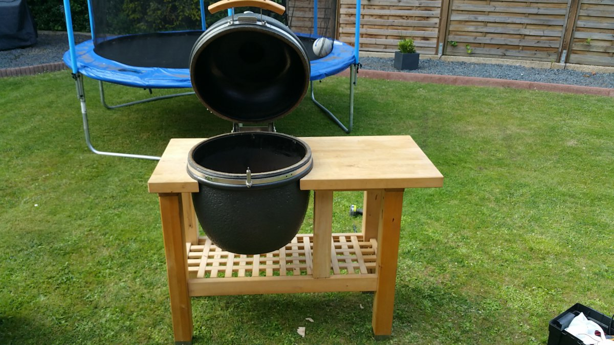 kamado tisch selbst gebaut grillforum und bbq. Black Bedroom Furniture Sets. Home Design Ideas