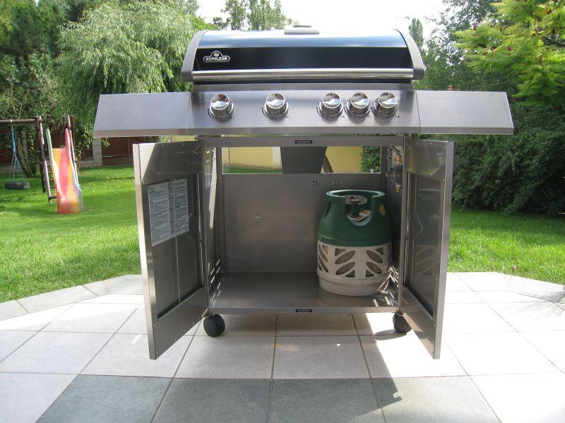 test gasgrill napoleon triumph 410 napoleon grill triumph. Black Bedroom Furniture Sets. Home Design Ideas