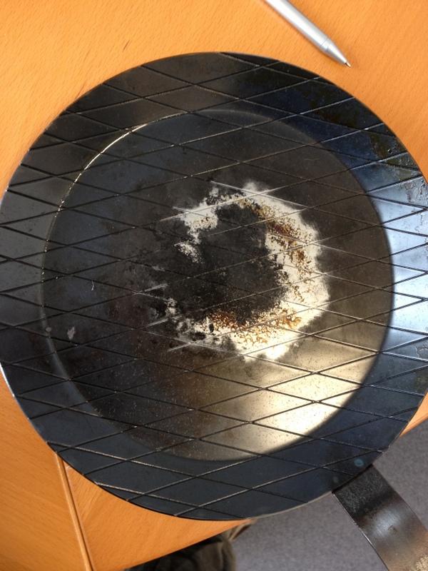 kaltgeschmiedete eisenpfanne bei aldi seite 3 grillforum und bbq. Black Bedroom Furniture Sets. Home Design Ideas