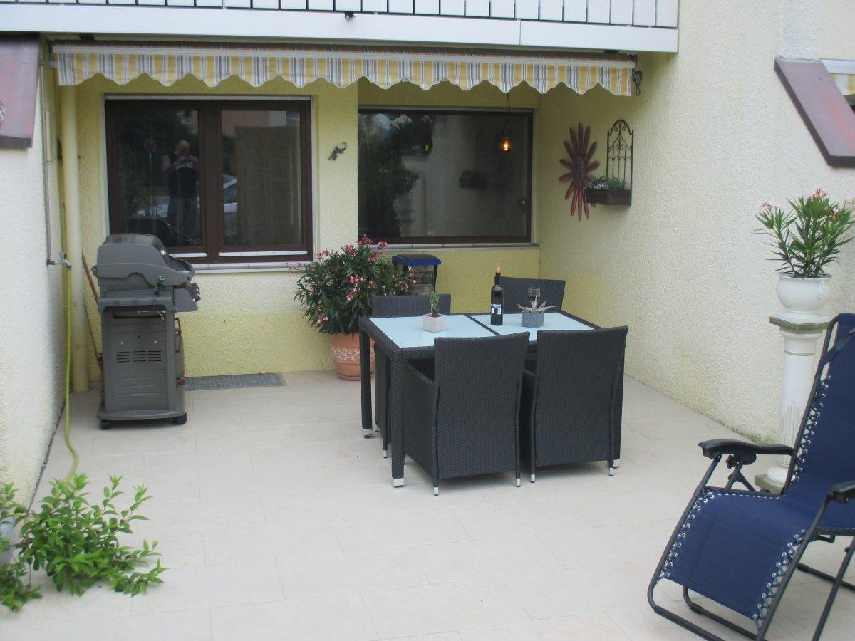 katzenkot im ganzen garten teil 2 seite 6 grillforum. Black Bedroom Furniture Sets. Home Design Ideas