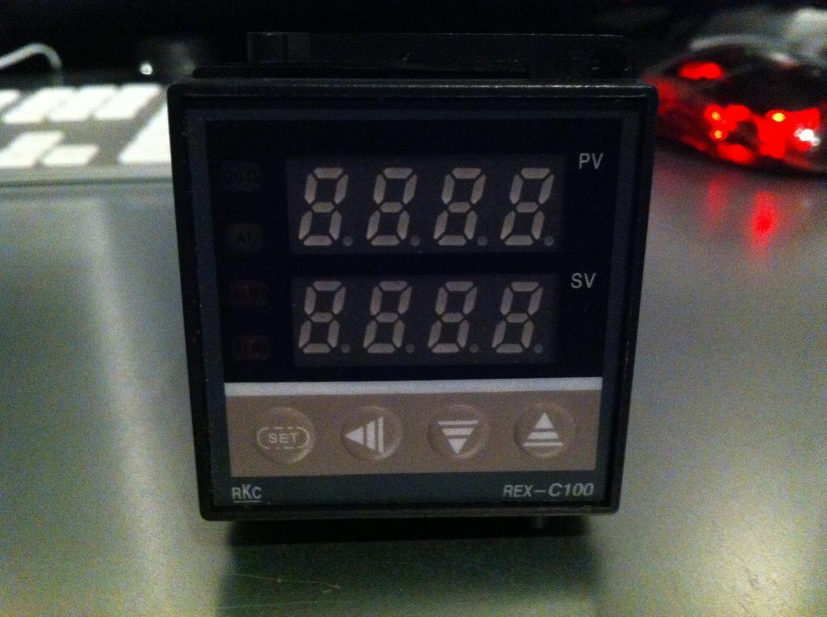 pitmaster temperaturregler eigenbauseite 9 grillforum. Black Bedroom Furniture Sets. Home Design Ideas