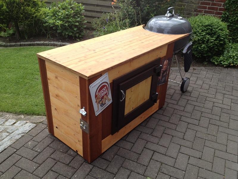 weber beistell tisch fertig grillforum und bbq. Black Bedroom Furniture Sets. Home Design Ideas