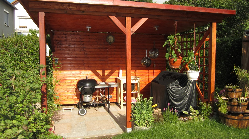 berdachter grillplatz grillforum und bbq www. Black Bedroom Furniture Sets. Home Design Ideas
