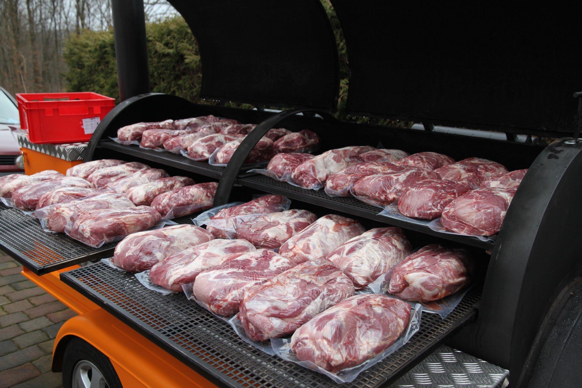 Pulled Pork Gasgrill Grillsportverein : 100kg pulled pork im trailer grillforum und bbq www