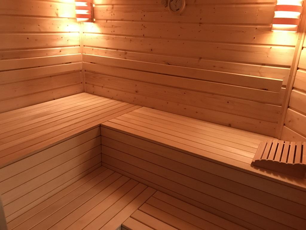 ich bau mir eine sauna ist zwar kein grill macht aber trotzdem hei grillforum und bbq www. Black Bedroom Furniture Sets. Home Design Ideas