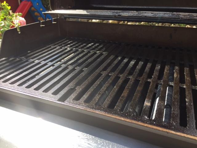 Weber Holzkohlegrill Rost Reinigen : Emaillierter gussrost weber reinigen und patina grillforum